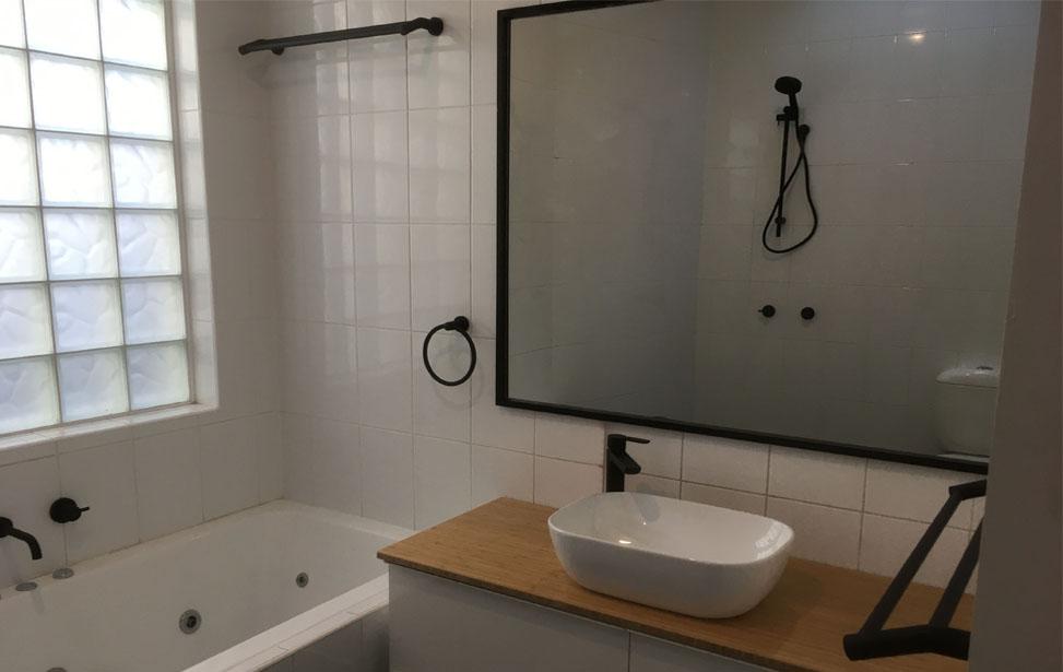 NT Bathroom (1)